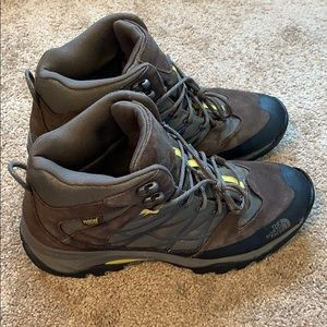 North Face Storm Mid Waterproof Hiking Boots Sz 13